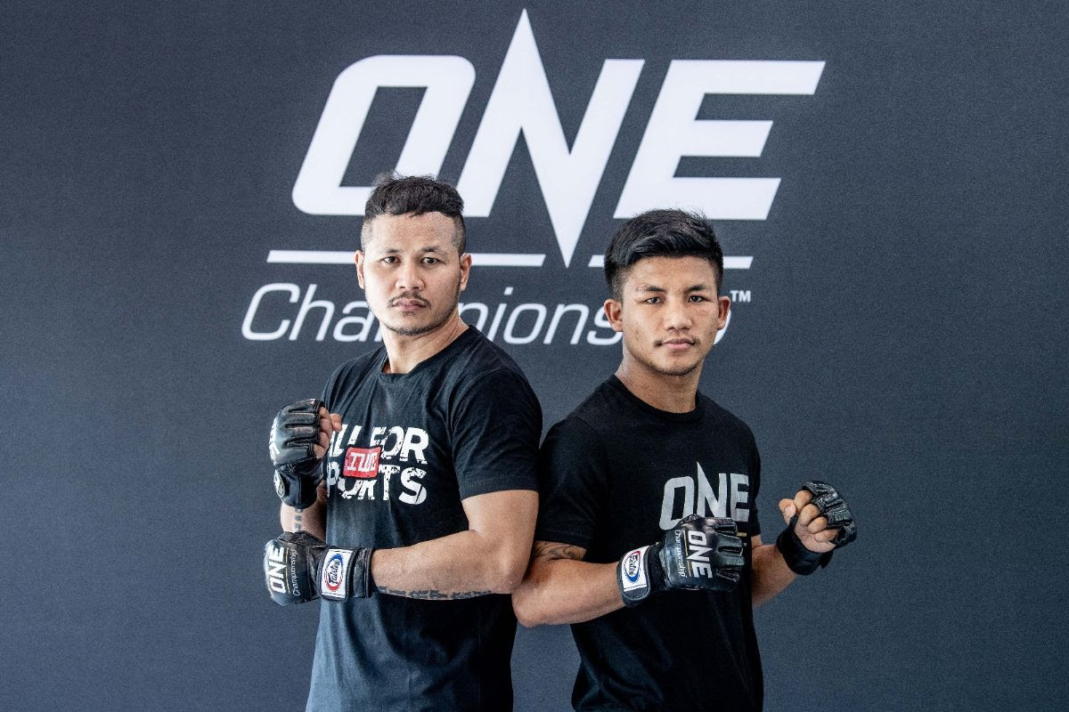 YODSANKLAI IWE FAIRTEX AND RODTANG JITMUANGNON SPEARHEAD OPEN WORKOUT IN BANGKOK -
