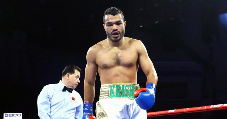Vikas Krishan beats Noah Kidd at the Madison Square Garden in his second professional bout