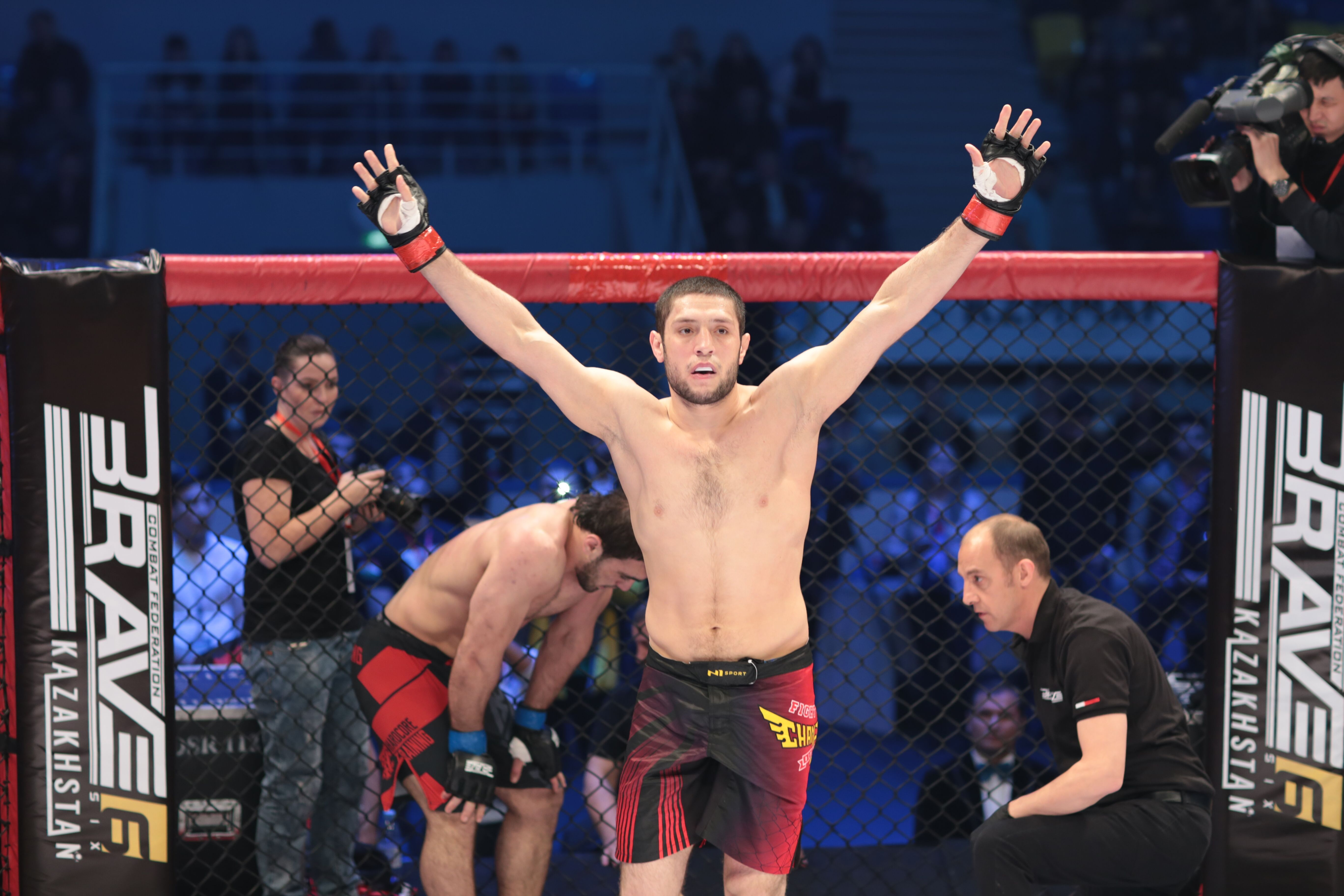 Can Aliskerov stop Khamzat Chimaev's momentum on Brave 23? -