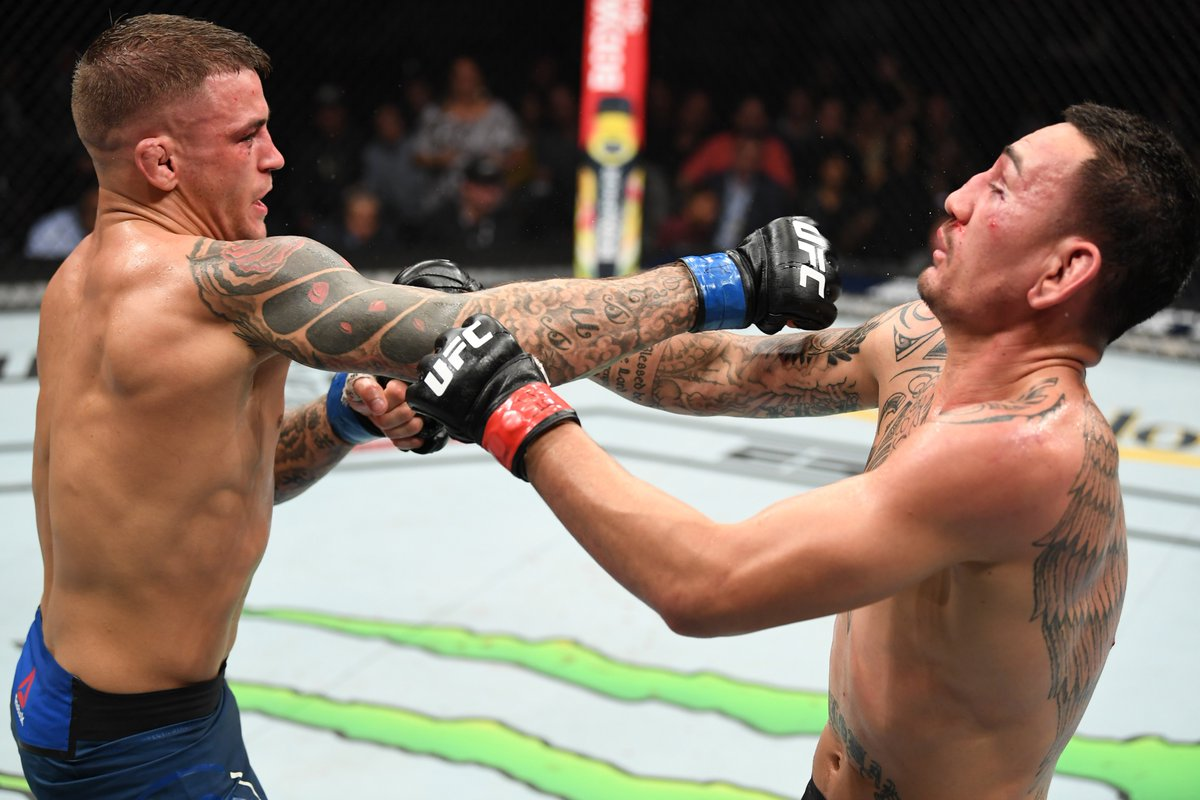 MMA Twitter reacts to Dustin Poirier outlasting Max Holloway in a 5 round war - Poirier
