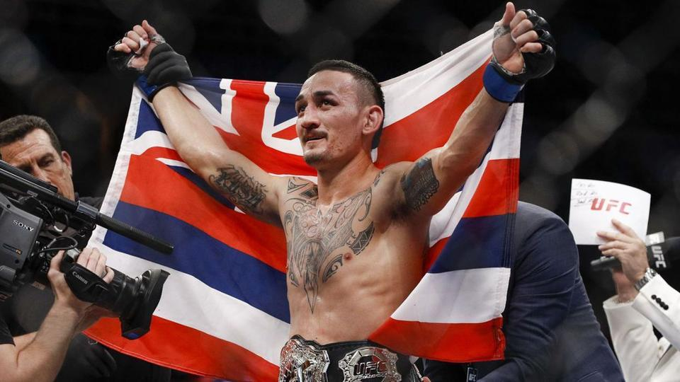 Max Holloway wants the Khabib fight in the future: He barely loses a round. That's a pound for pound guy! -
