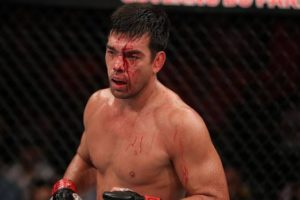 Bellator: Lyoto Machida expects a title shot over Ryan Bader or Gegard Mousasi after a win over Chael Sonnen - Machida