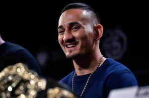 UFC: Max Holloway (jokingly) says he's even willing to move up to 205 to fight 'Thanos' Daniel Cormier - Holloway