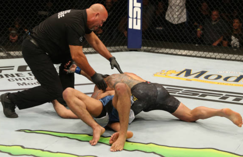 Twitter reacts to Rafael Dos Anjos' submission victory over Kevin Lee - Rafael