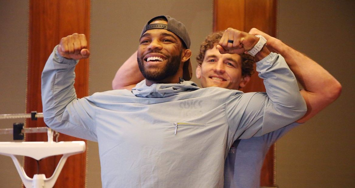 Jordan Burroughs shows massive respect to Ben Askren after their wrestling bout - Ben
