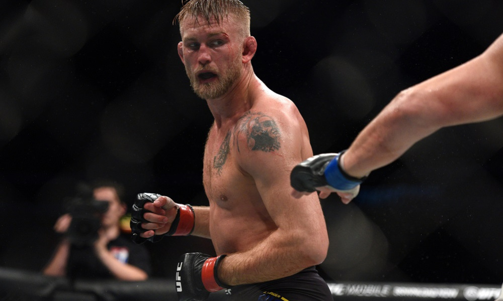 Alexander Gustafsson says early knee to the groin in Jon Jones rematch heavily impeded him - Alexander