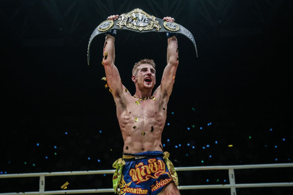 JONATHAN HAGGERTY CAPTURES ONE FLYWEIGHT MUAY THAI WORLD TITLE WITH UPSET OF SAM-A GAIYANGHADAO -