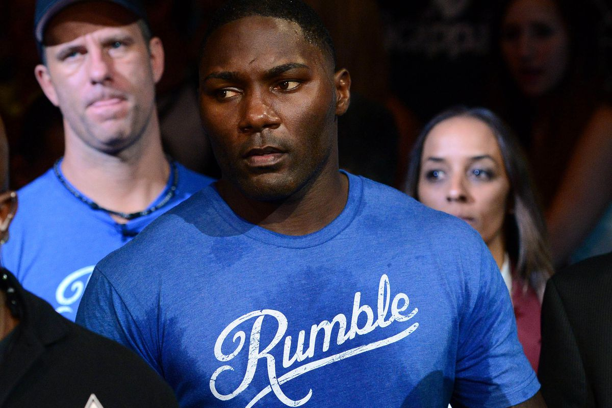 """""""If Anthony Johnson hits you, your grandkids are going to feel it"""" - attorney on Rumble's domestic violence charge -"""