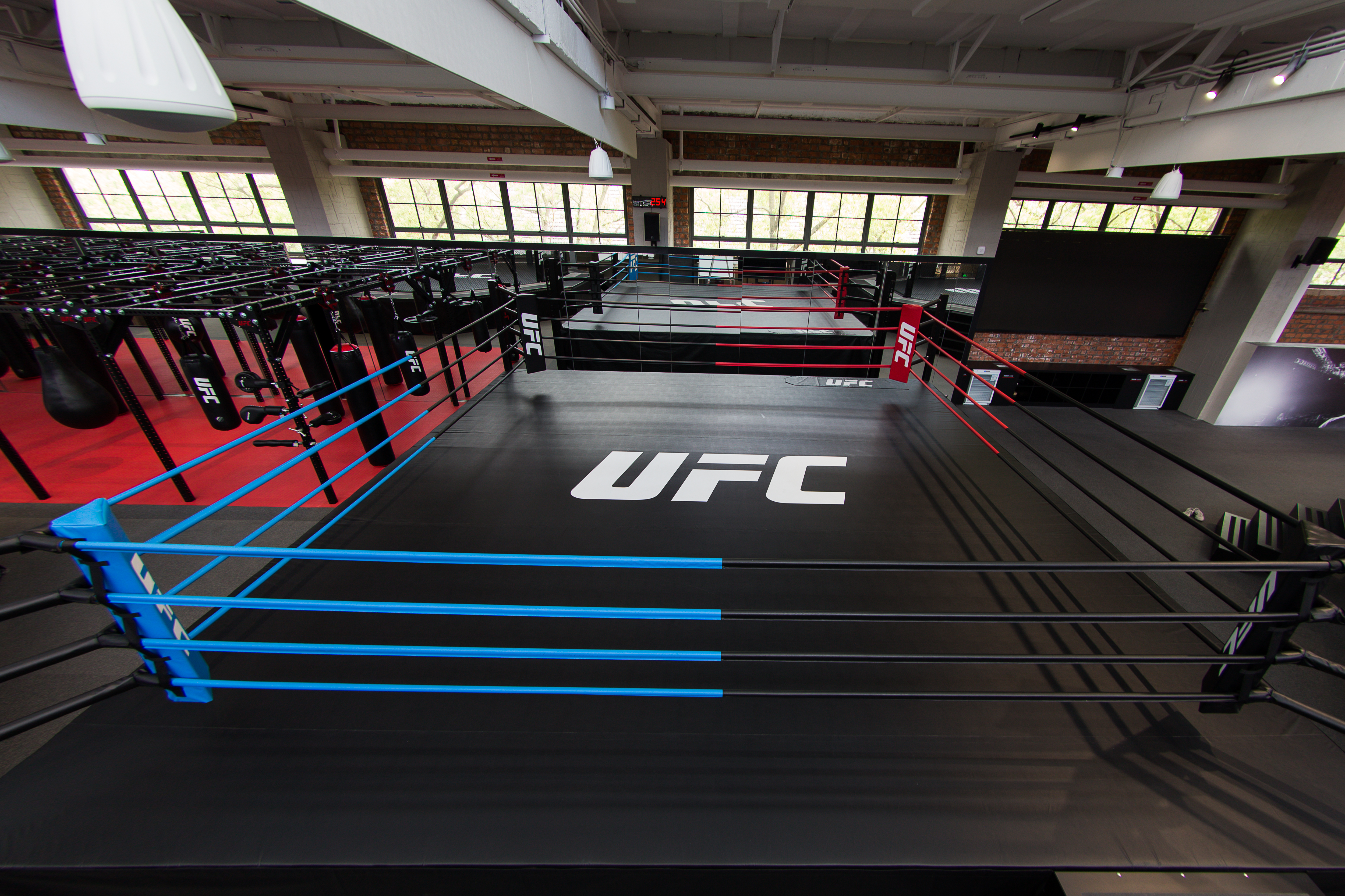 UFC® CONTINUES EXPANSION IN CHINA WITH SERIES OF HISTORIC