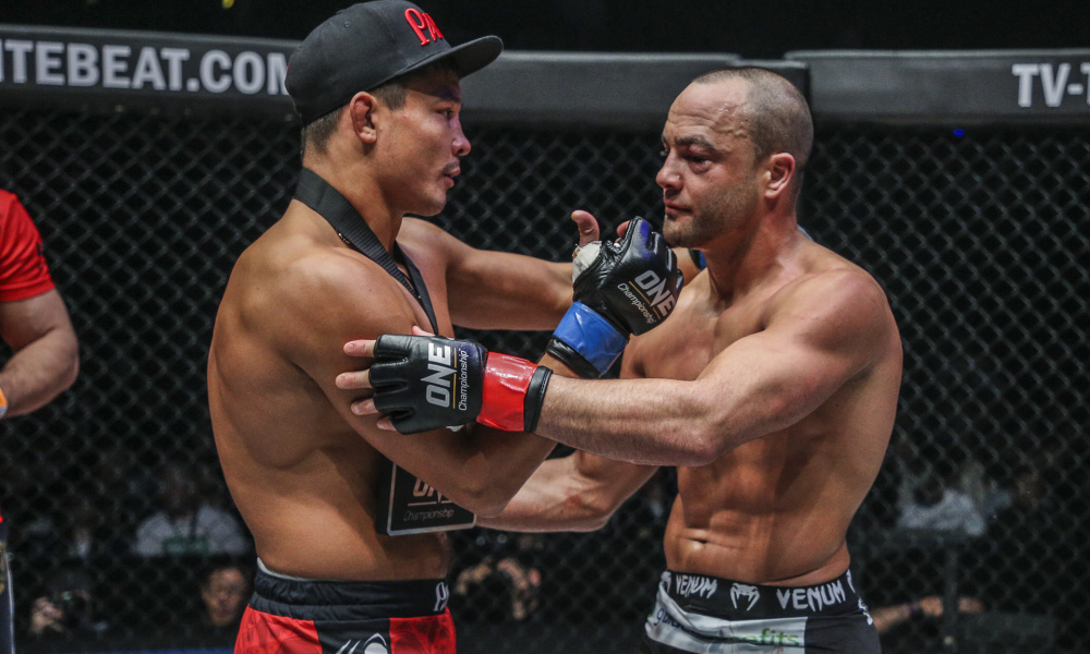 Eddie Alvarez on why he 'subconsciously loses' his debut fights -