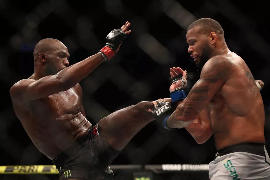 UFC 239 Results - Jon Jones Retains His Title with a Split Decion Win Over Thiago Santos -
