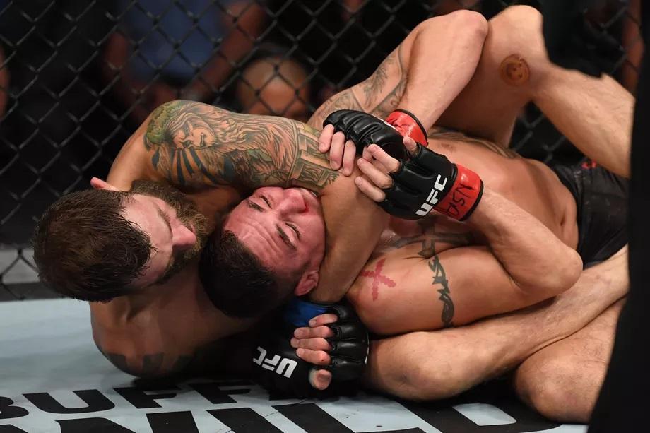UFC 239 Results - Michael Chiesa Grinds Diego Sanchez for 3 Rounds, Wins via Unanimous Decision -