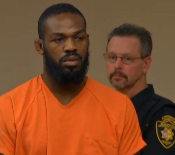Jon Jones quashes news about battery; says he is 'definitely' not in trouble - Jones