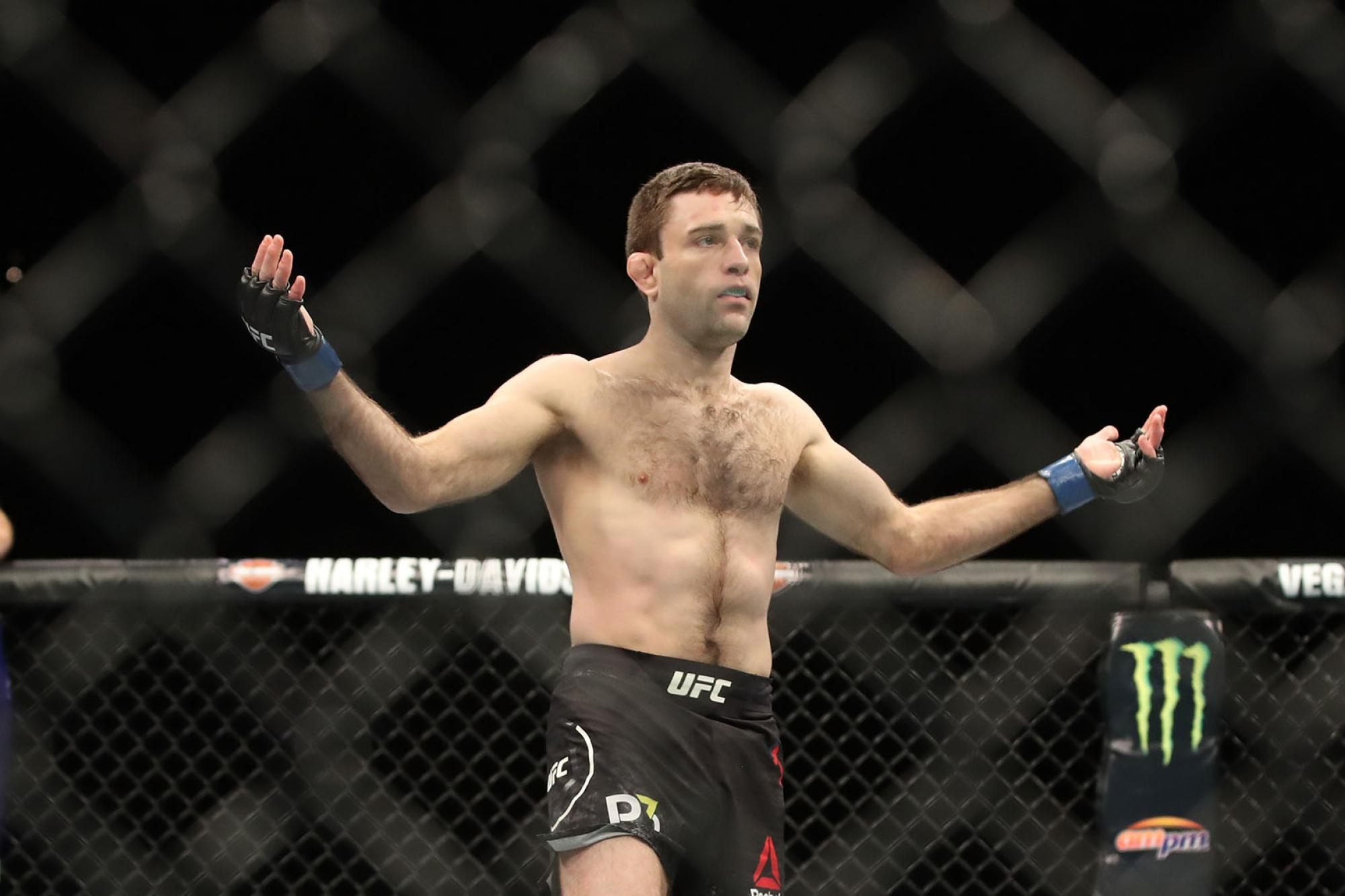 Watch: A look at all the 'spinning sh*t' that Ryan Hall threw against Darren Elkins - Ryan Hall