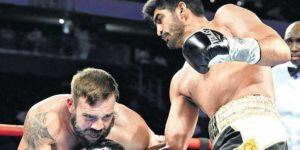 Vijender Singh to Amir Khan: Stop fighting Children - Vijender