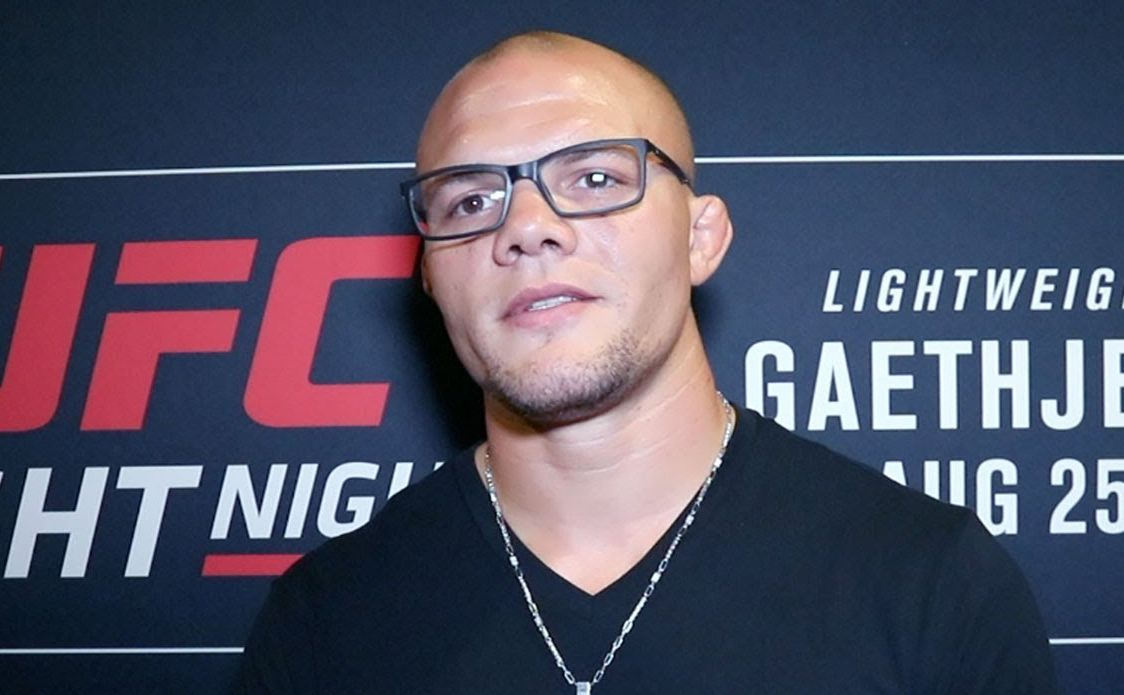 Watch: Anthony 'Lionheart' Smith dons the analyst hat and breaks down UFC 239 - Anthony