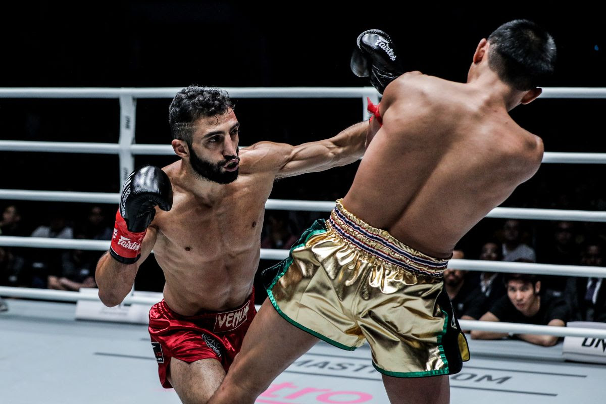 GIORGIO PETROSYAN OUTPOINTS PETCHMORAKOT PETCHYINDEE ACADEMY TO WIN BY UNANIMOUS DECISION -