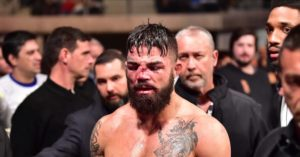UFC: Mike Perry undergoes nose surgery in Uruguay after brutal fracture against Vicente Luque - Perry