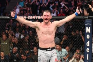 Twitter hails Stipe Miocic as he beats Cormier after making genius adjustment - Miocic