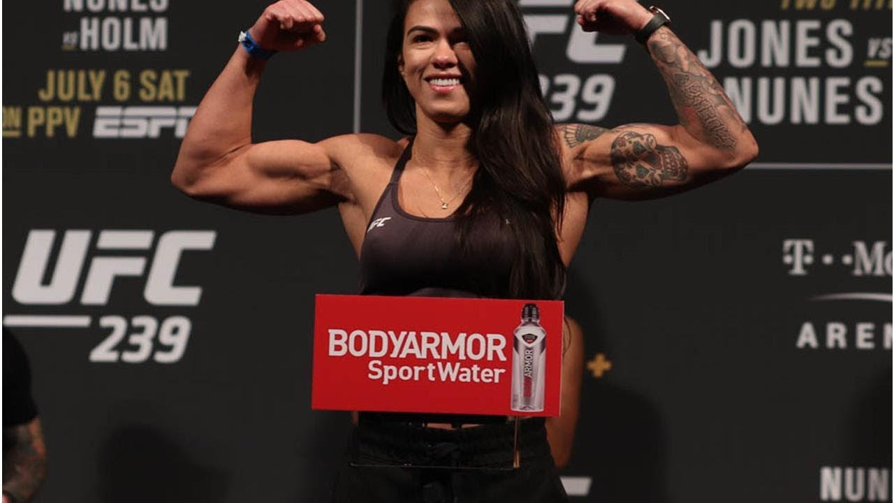 Watch: Claudia Gadelha says PVZ needs to fight better opponents to make more money fighting - Claudia Gadelha