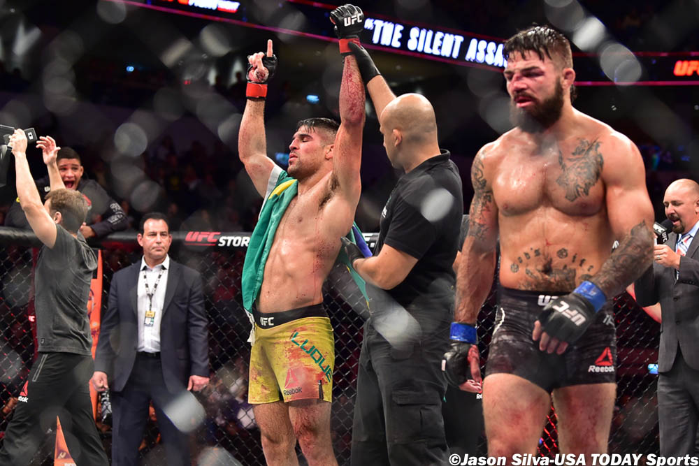 UFC Fight Night 156 Results - Vicente Luque Batters Mike Perry' Nose, Wins a Split Decision -