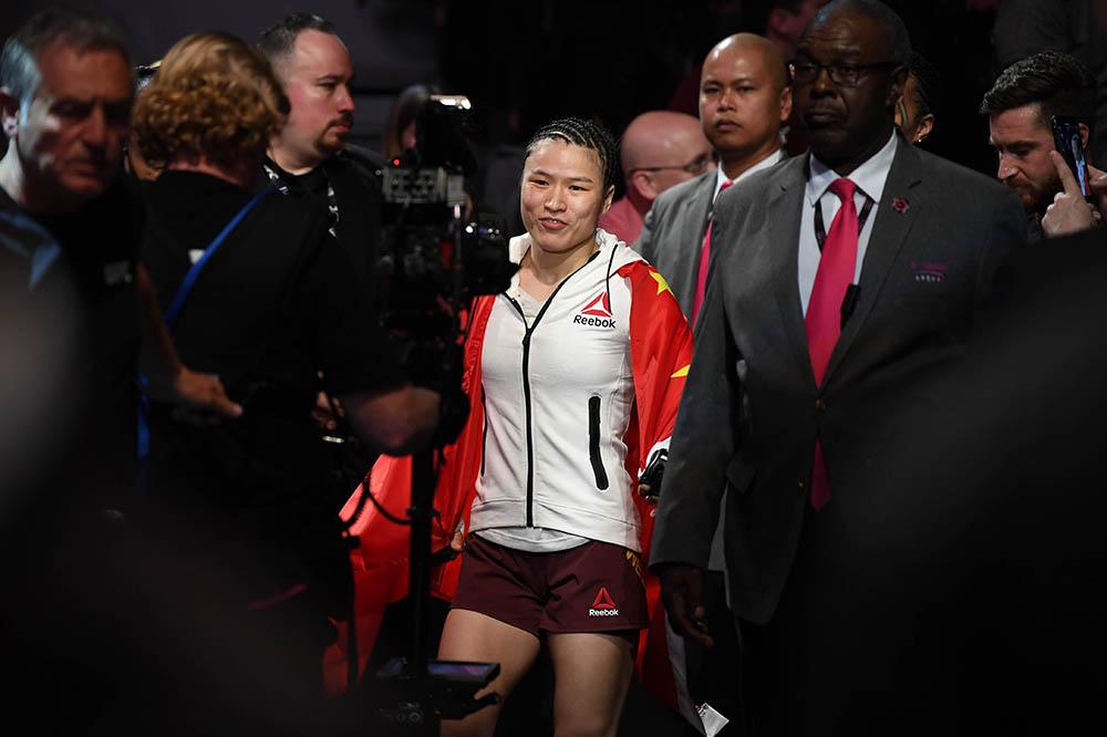 UFC 261- Weili Zhang vs Rose Namajunas