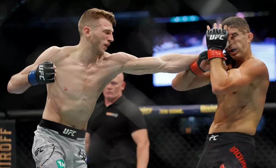 UFC 243 Results - Dan Hooker Dominates Al Iaquinta for Three Rounds to Win a Unanimous Decision -