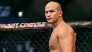 JDS out of Alexander Volkov fight for bacterial infection on his leg - Junior dos Santos