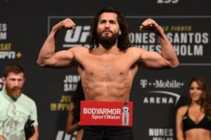 UFC: Watch: Jorge Masvidal gets fans to box during UFC open workouts - Masvidal