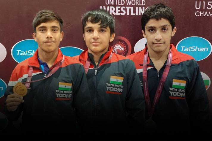 India-wrestlers-shine-wins-unprecedented-6-Golds-on-Day-2