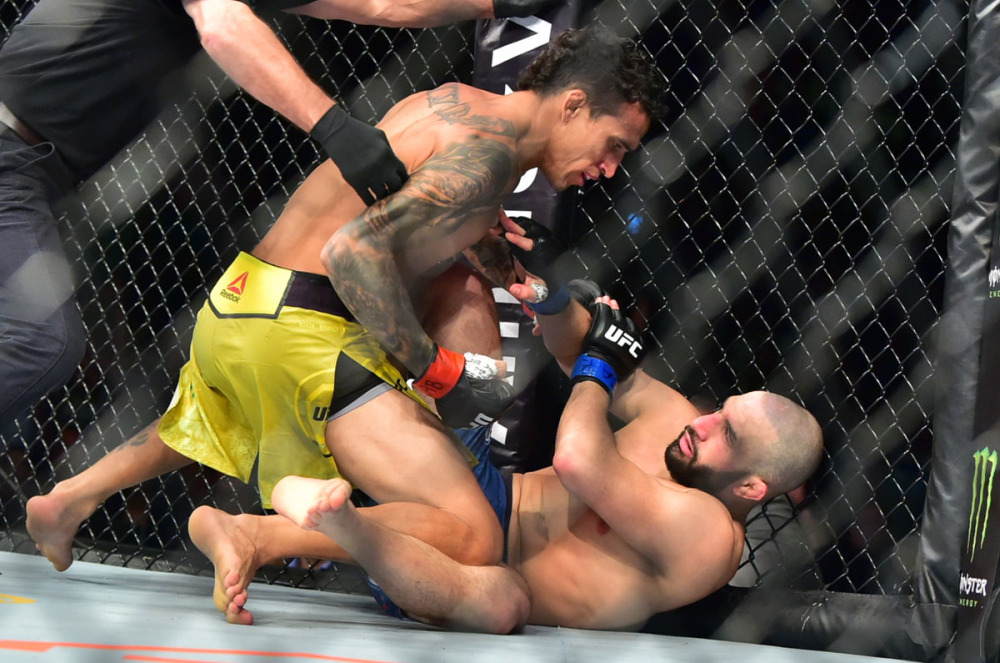 UFC Fight Night 164 Results - Charles Oliveira Knocksout Jared Gordon in the First Round -