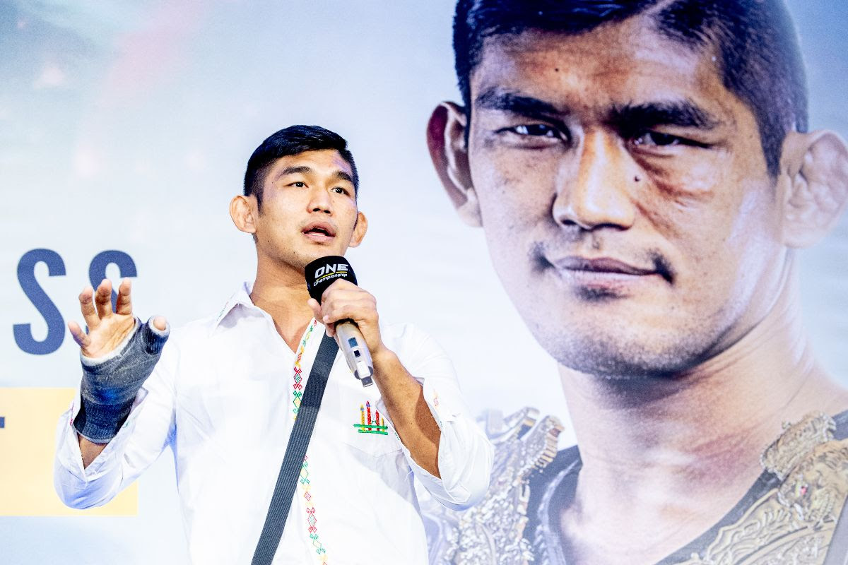 AUNG LA N SANG HOLDS MEET-AND-GREET WITH FANS IN KUALA LUMPUR AHEAD OF ONE: MARK OF GREATNESS - ONE