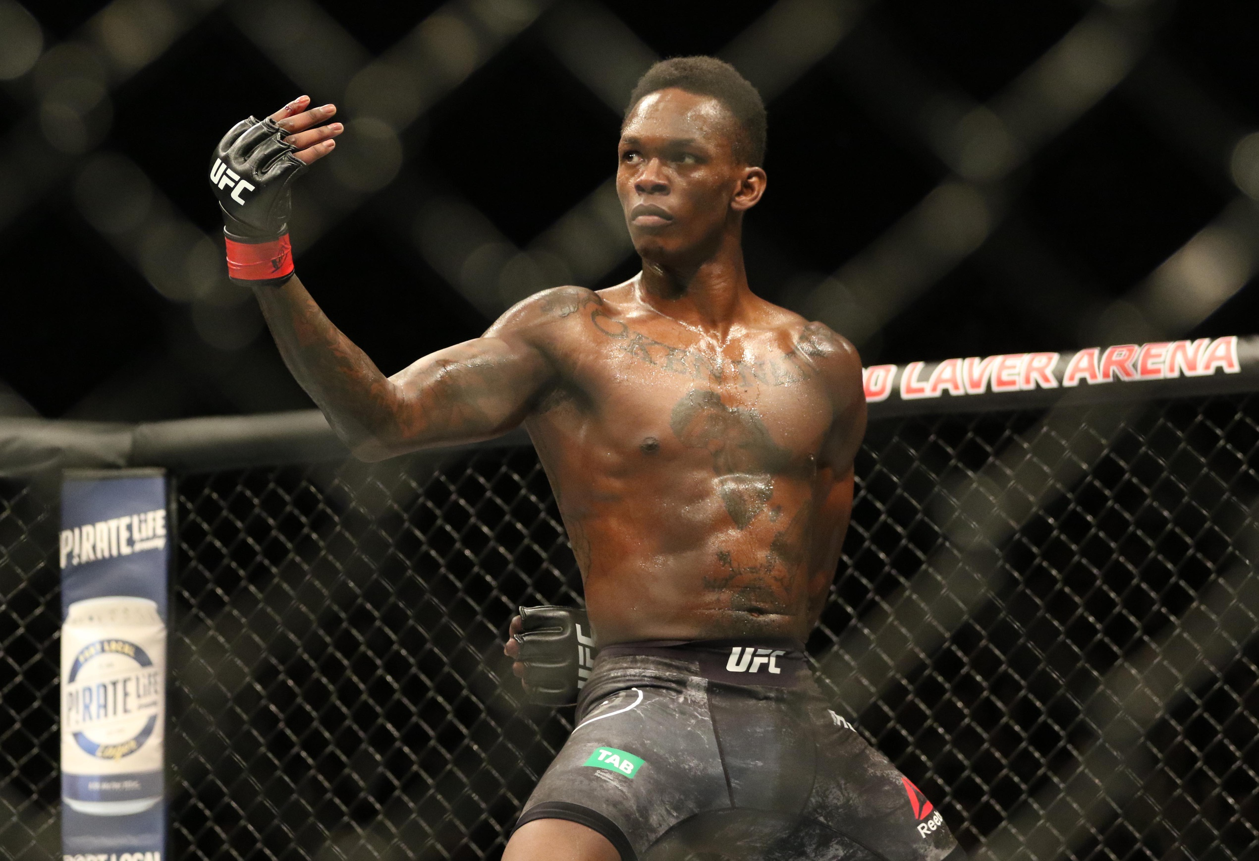 UFC News: Israel Adesanya reveals which 3 UFC fighters he'll pick to back him in a barroom fight - Israel Adesanya