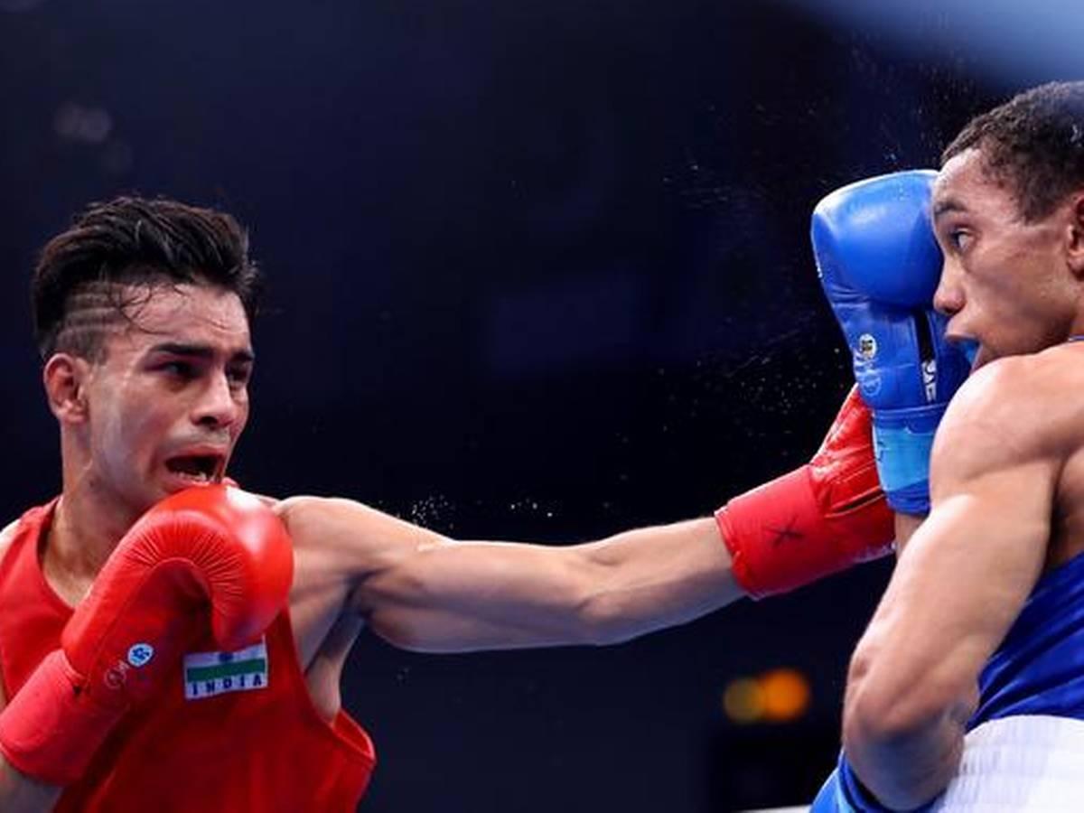 MMA India Exclusive: World Champion boxer Gaurav Bidhuri's lockdown hobby  - haircutting! - Gaurav Bidhuri