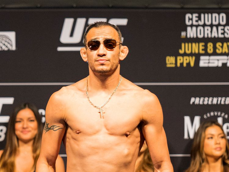 UFC News: Tony Ferguson continues weight cut in schedule for Friday despite UFC 249 cancellation... - Tony Ferguson