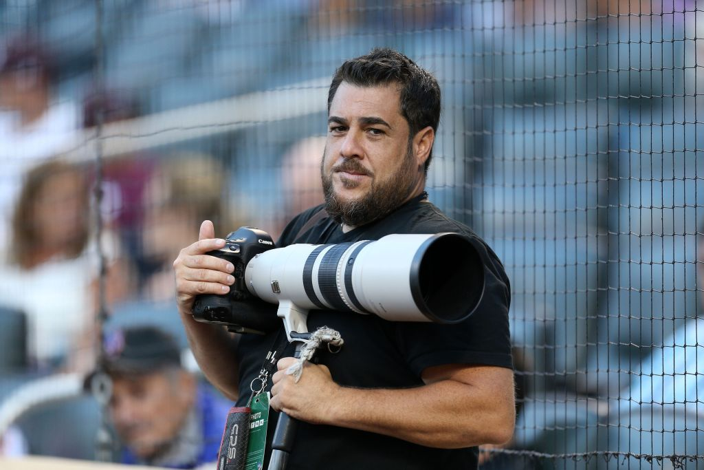 Conor McGregor, UFC pays tribute to famous photographer Anthony Causi after he passes away due to Covid-19 - Anthony Causi