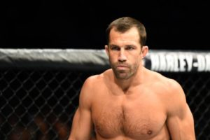 Luke Rockhold attacked by homeless drug addict; reveals he front kicked her! - Luke Rockhold