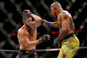 Chris Weidman to take on Omari Akhmedov on August 8 UFC event