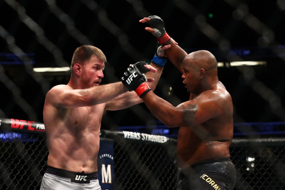 Stipe Miocic warns Daniel Cormier: 'Every fight starts standing, don't forget that' - Stipe Miocic