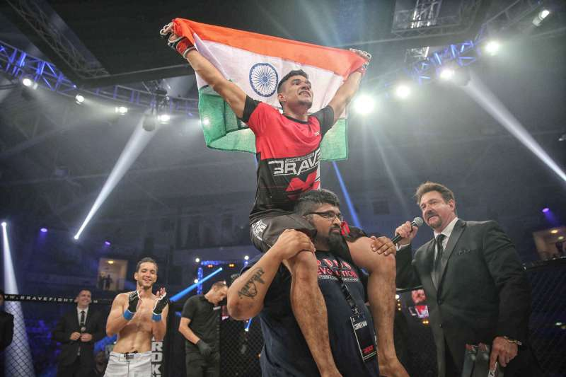 Indian MMA superstar Mohammed Farhad signs multi-fight extension with BRAVE CF - BRAVE