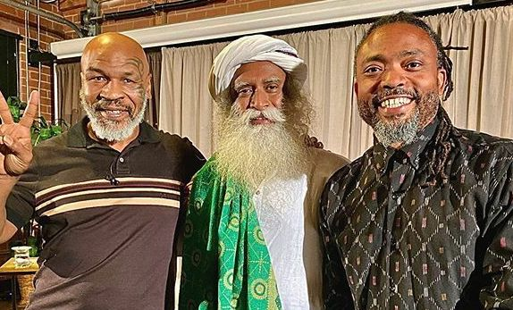 Sadhguru wishes Mike Tyson 'All the Best' for his upcoming fight against Roy Jones Jr - Mike Tyson