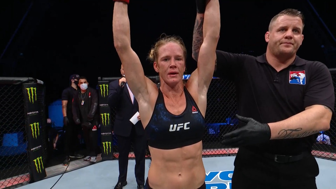 UFC Fight Island 4: Holly Holm outclasses Irene Aldana to a decision win - Holm