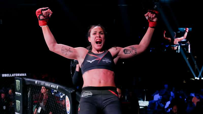 Bellator 254: Juliana Velasquez becomes the new flyweight champion by defeating Ilima-Lei Macfarlane - Bellator