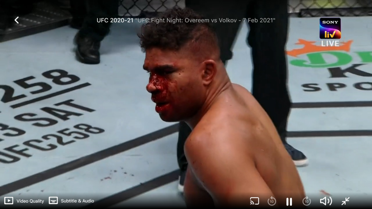 UFC Vegas 18: Alexander Volkov knocks out Alistair Overeem in the second round - Overeem