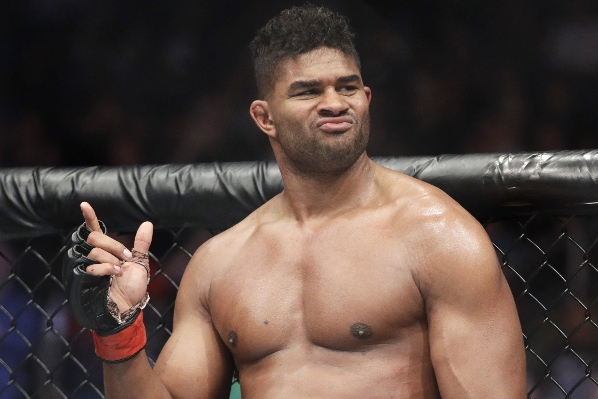 Former UFC fighter Alistair Overeem joins GLORY Kickboxing on a multi-year deal - Overeem