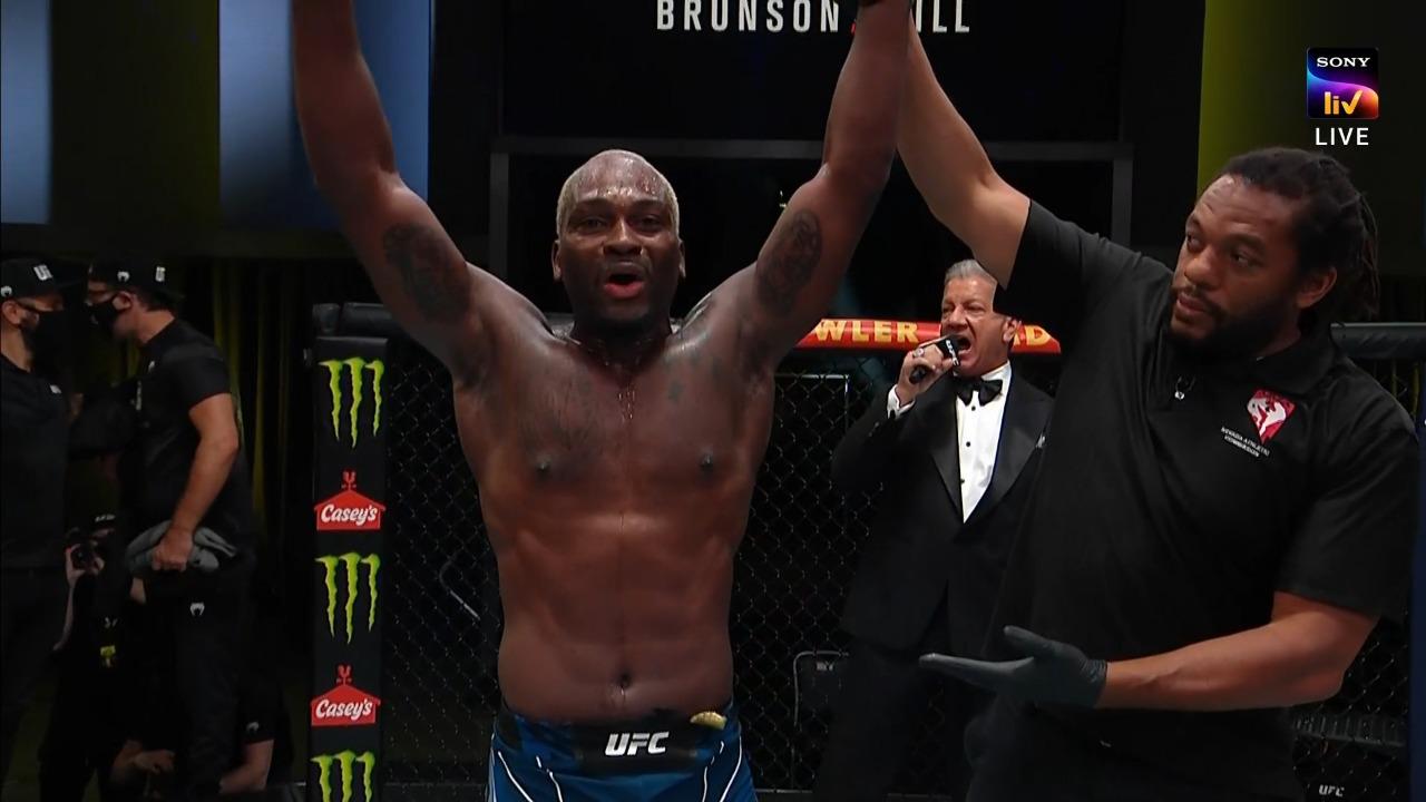UFC Vegas 36: Derek Brunson defeats Darren Till via Rear Naked Choke in Round 3 - UFC